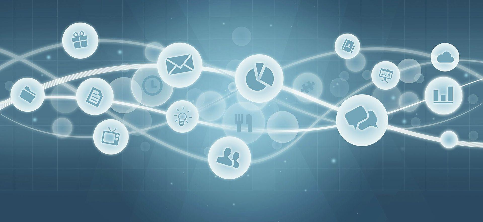 Social Media Marketing: Talk With Customers, Not At Them